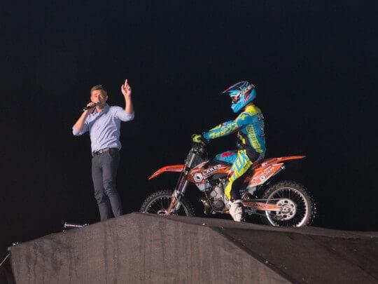 Motocross Jump-Show