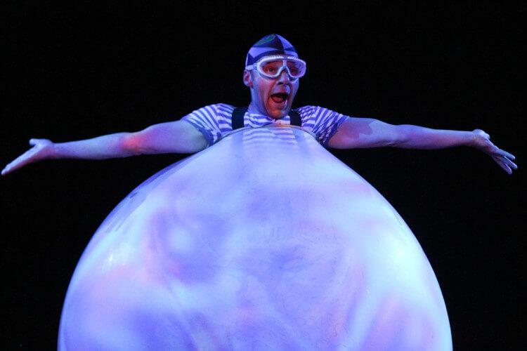 Mann im Ballon