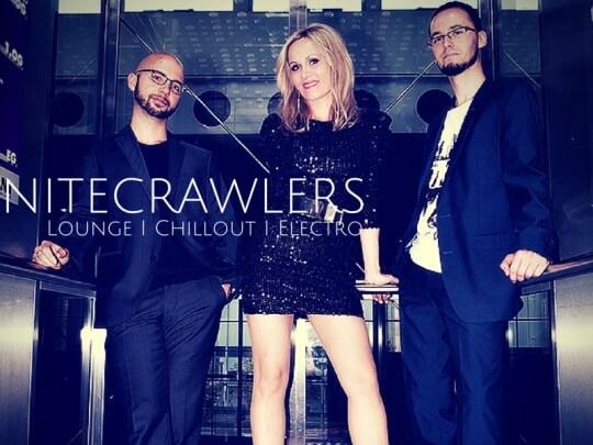 NiteCrawlers im Fahrstuhl