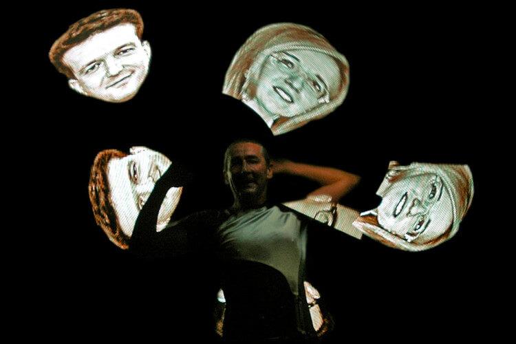Lemmis Jonglage mit LED-Portraits