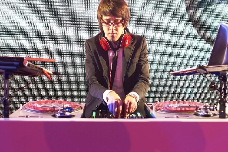 DJ André Siddi am Pult