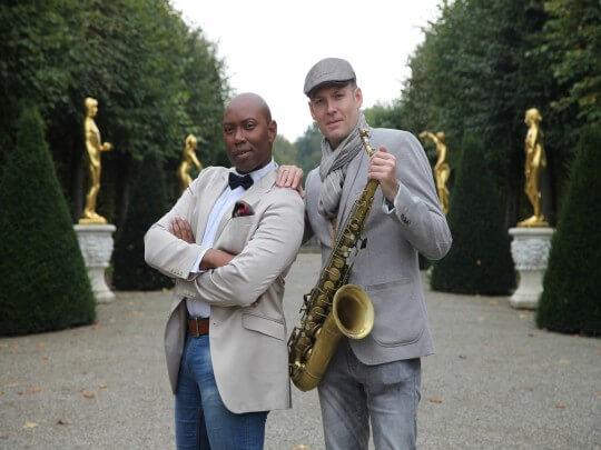 Künstlervermittlung: Johnny Tune/Sänger und David Milzow/Saxophonist Frankfurt - Künstleragentur | DIE ALLESLÖSER