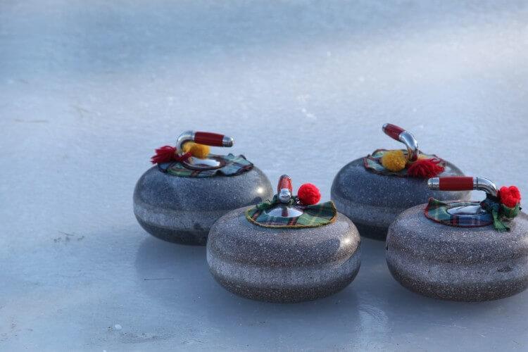 Curling stuff