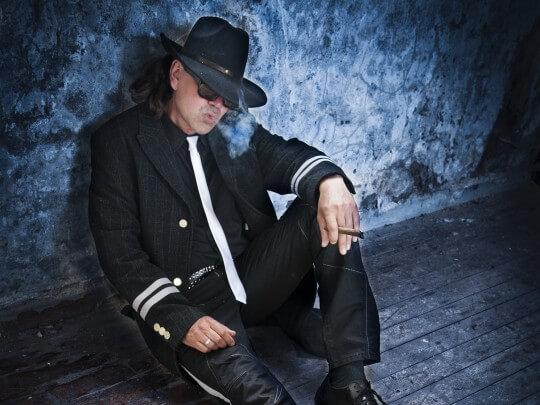 Künstlervermittlung: Udo Lindenberg-Double Andy Frankfurt - Künstleragentur | DIE ALLESLÖSER