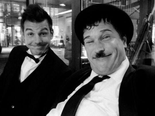 Künstlervermittlung: Dick und Doof-Doubles Klirr Deluxe Frankfurt - Künstleragentur | DIE ALLESLÖSER