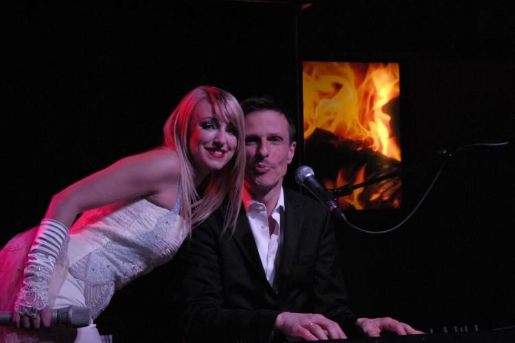 Sängerin Dena Davies mit Pianist Roald Raschner