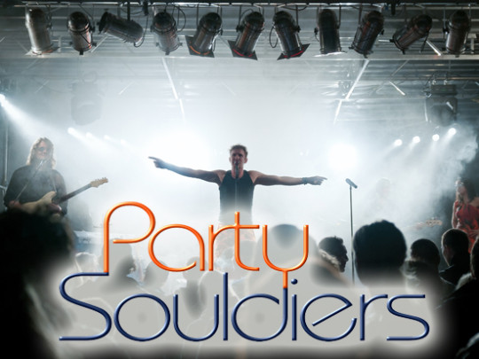 Party Souldiers im Nebel