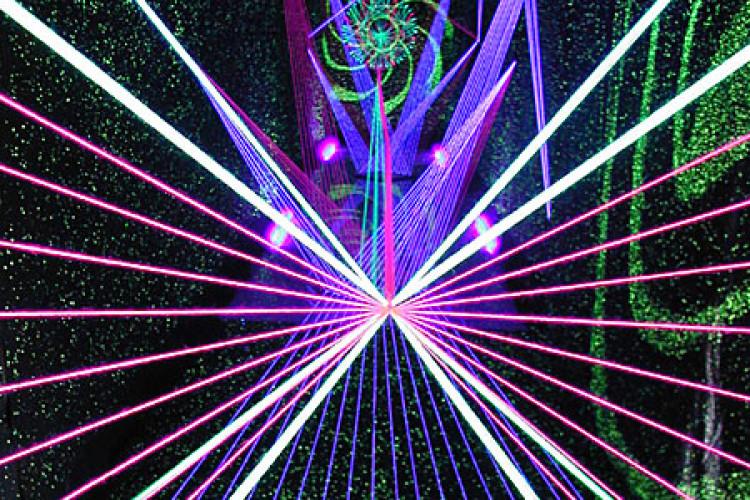 Lichtermeer Fädenkunst