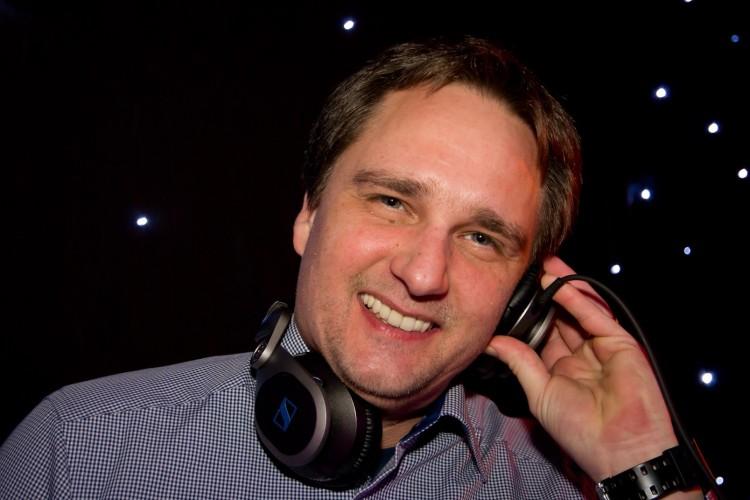 Mike DJ